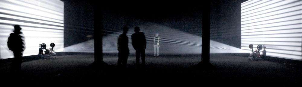 Lis Rhodes, Light Music. Imagen por cortesía de Fundació Joan Miró