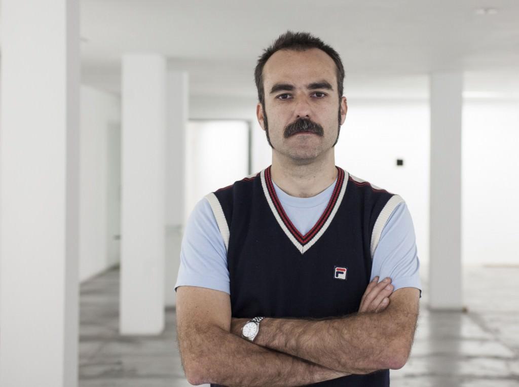 Nacho Valle, en la galería Valle Ortí de Valencia. Foto: Miguel Lorenzo