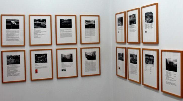 """""""Los Países"""" de Pedro G. Romero, foto de sala. Imagen cortesía de Casa sin fin."""
