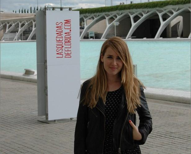 Raquel Córcoles, en el Paseo de la Ciudad de las Artes y las Ciencias. Quedadas de Florida Universitària