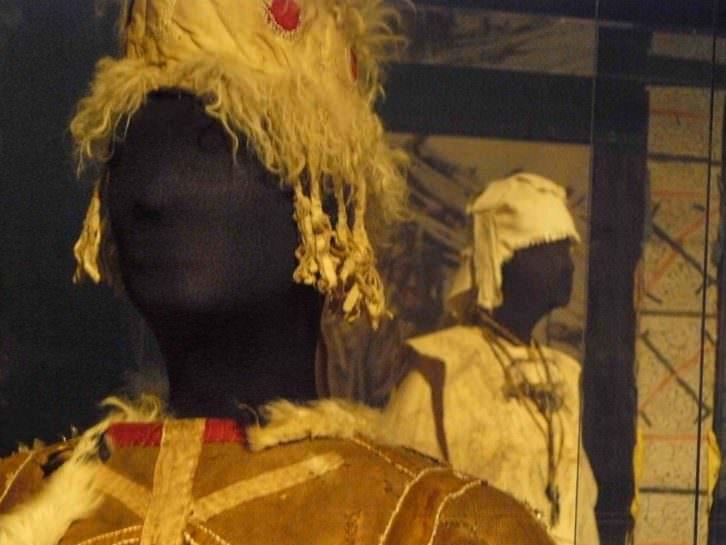 Uno de los objetos de la exposición Otras fronteras, del MuVIM. Fotografía: Pedro Hernández