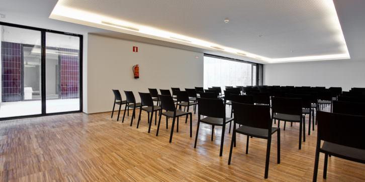 Imagen de una de las aulas de Espai Rambleta. Imagen cortesía de Espai Rambleta.