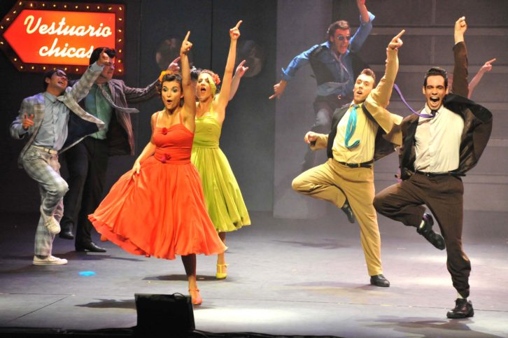 Uno de los momentos del musical Grease. Imagen cortesía de Teatro Olympia.