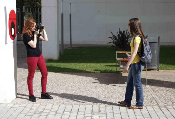 'Los caminantes', de Carolina Bácares, para Art Públic / Universitat Pública en el Campus dels Tarongers. Foto: Miguel Lorenzo.
