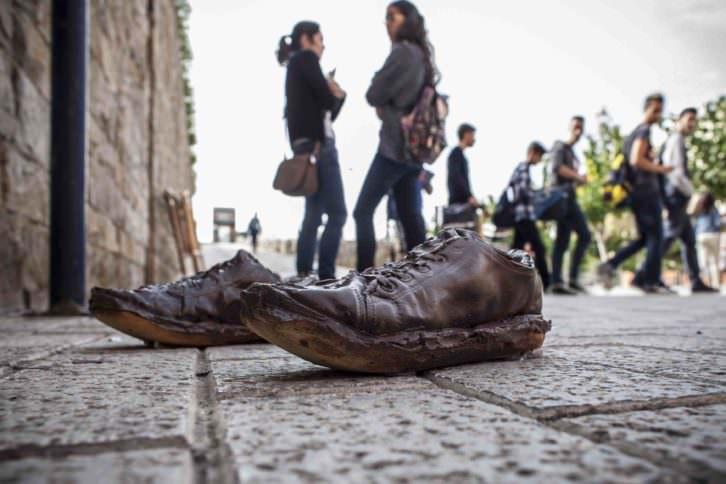'Ex-Tudiant', de Rosana Ortí para Art Públic / Universitat Pública, en el Campus dels Tarongers. Fotografía: Miguel Lorenzo.