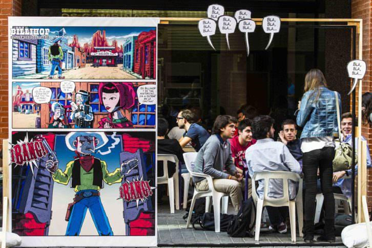 Viñetas vivas, de Zarva Barroso en Art Públic / Universitat Pública del Campus dels Tarongers. Foto: Miguel Lorenzo