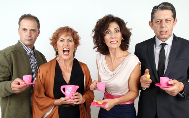 De izquierda a derecha, Jaime Linares, Pilar Almeria, Empar Canet y Pep Ricart, en Un déu salvatge.