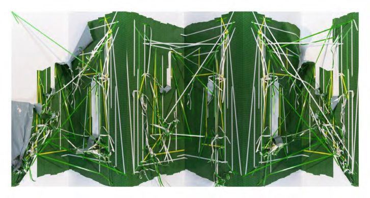 Folded 003, 2013. C-print sobre papel fotográfico 70x130,7 cm