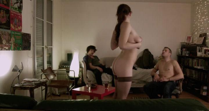 Fotograma de Chroniques sexuelles dune familie daujourdhui, en el artículo de Dani Gascó para Canibaal.