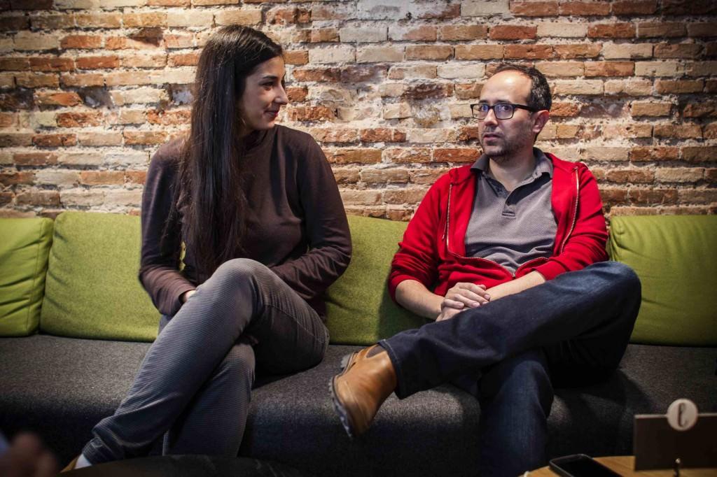Adriana Navarro y Álex Montoya en los Desayunos Makma en Lotelito. Fotografía: Miguel Lorenzo