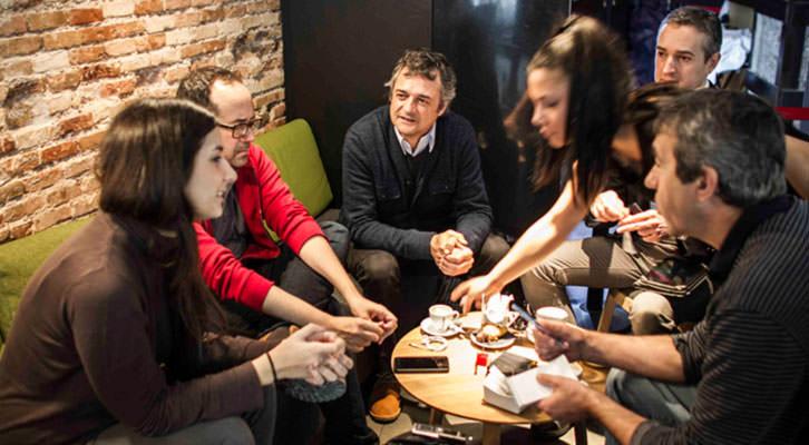 Un momento de los Desayunos Makma en Lotelito. Fotografía: Miguel Lorenzo