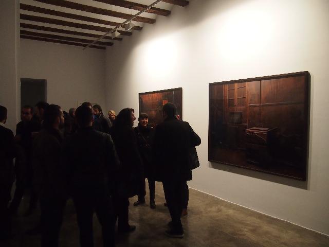 Un momento de la inauguración de 'European Dark Room', de Greta Alfaro.