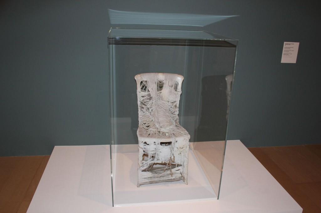Pieza de envolver para Londres, de Yoko Ono, en el Museo Guggenheim de Bilbao.
