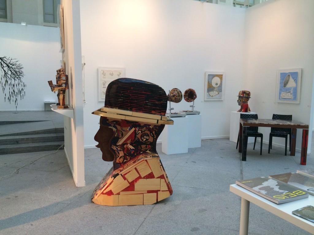 Obra de Rubén Fuentes en el stand de Alba Cabrera en ArtMadrid. Imagen cortesía de la galería.