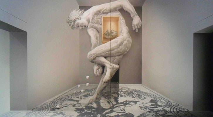 Pieza del 'Políptic metafísic' de Manuel Boix en la exposición 'El viatge del temps' en La Nau de la Universitat de València