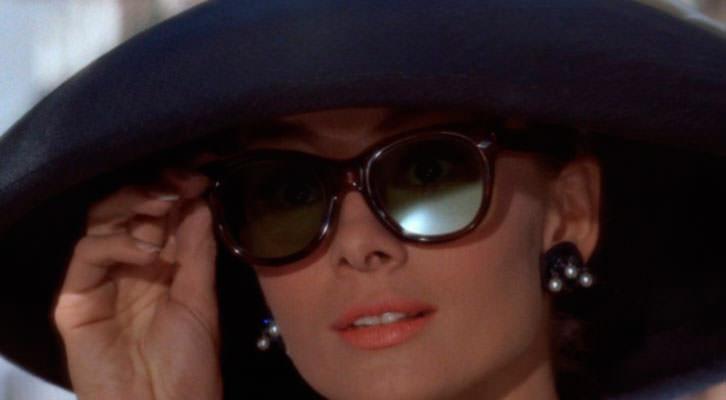 Audrey Hepburn en 'Desayuno con diamantes', de Blake Edwards, en 'Libro de cine para regalar' de Michi Huerta.