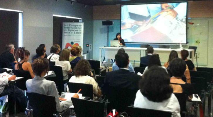 Presentación del I Congreso Internacional de Arte y Salud. Imagen cortesía de DKV Seguros.