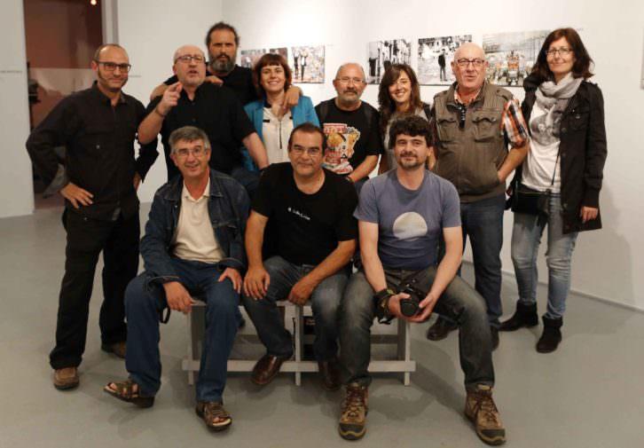 Fotoperiodistas valencianos en la exposición de La Llotgeta. Imagen cortesía de la organización de PhotOn Festival.