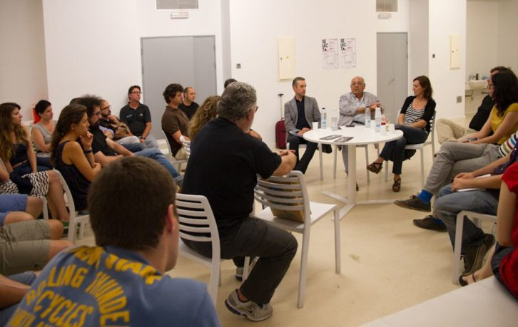 Art Dating. Mesa redonda. Foto: Lola Calzada.