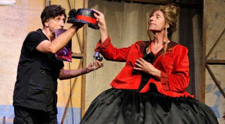 Joan Faneca (izquierda) y Joan Segalés en una escena de 'Da capo'. Imagen cortesía de Teatre Talia.