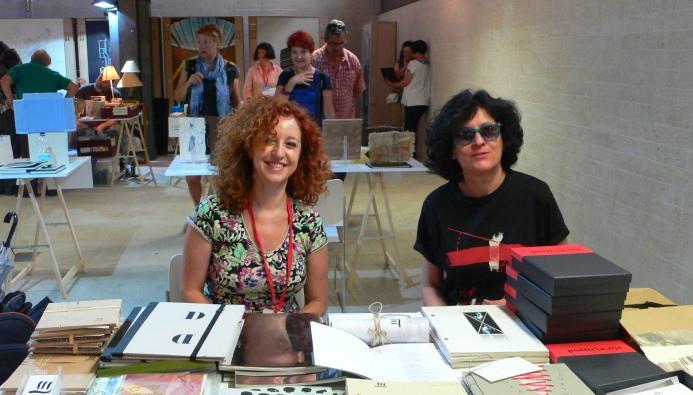Caridad Fernández y Olga Antón, de Tres en Suma Espacio de Arte