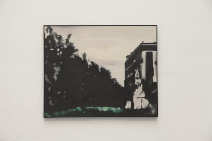 Equipo Realidad. Paisaje urbano: vista de la rambla frente a la plaza del teatro de Mayo del 37, 1973. Oleo sobre lienzo. 82 x 101 cm. Foto: Nacho. Imagen cortesía de Galería Punto.