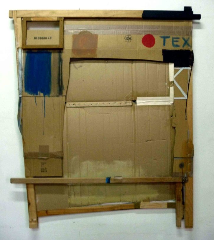 Jorge Carla Bajo. Ensamblaje, 2014. Técnica mixta sobre cartón y madera. 130 x 113 cm. Imagen cortesía del artista y Galería Cuatro.