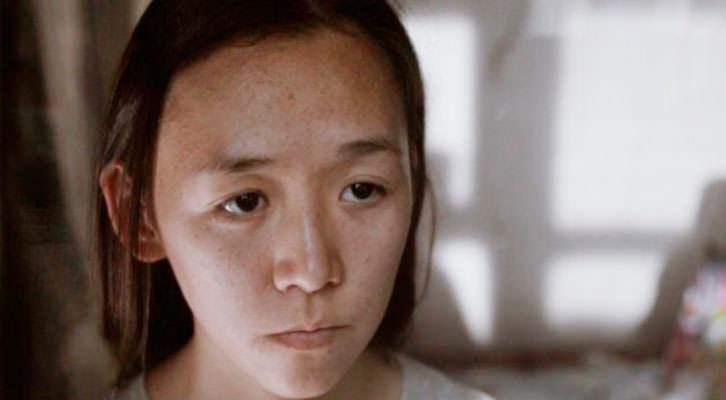 Dina Tukubayeva en un fotograma de 'Nagima', de Zhanna Issabayeva. Cinema Jove.