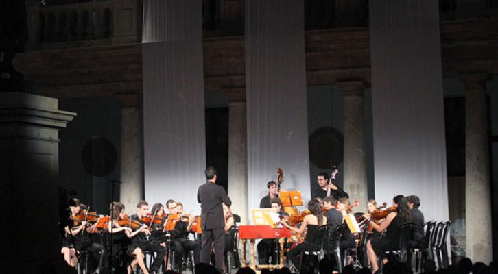 La Orquestra Filharmònica de la Universitat de València en Serenates 2013. Imagen cortesía del Centre Cultural La Nau.