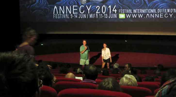 Bill Plympton presentando su película Cheatin' antes de la proyección. Festival Internacional de Cine de Animación de Annecy 2014.