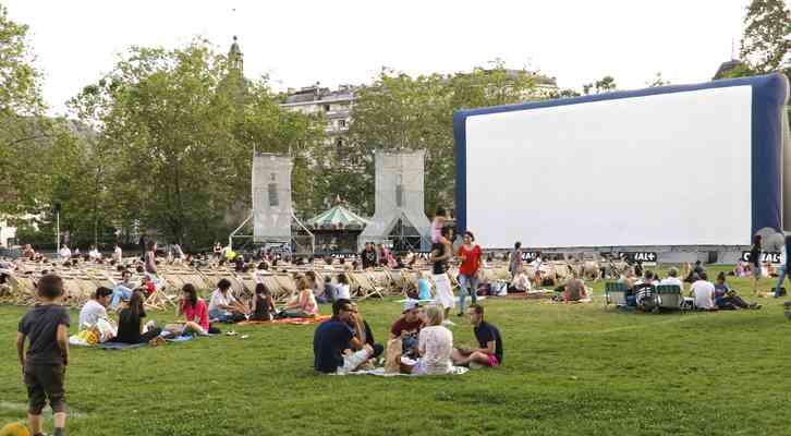 La programación se completa con proyecciones al aire libre cada noche. Festival Internacional de Cine de Animación de Annecy 2014.