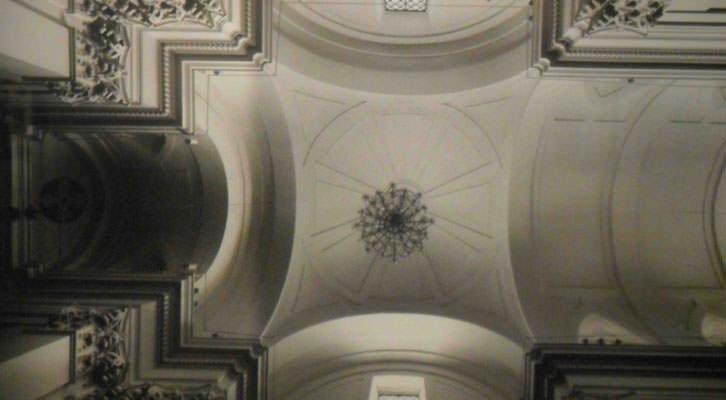 Fotografía de Joaquín Bérchez en la exposición 'El Greco Architeto. Algo más que retablos', en el Centro del Carmen.