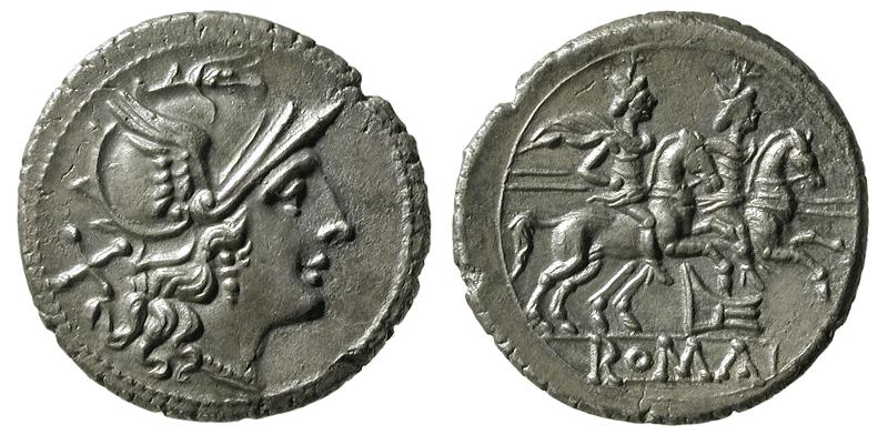 Denarios en la exposición 'Historias en miniatura. Nuestras primeras monedas', en el Museo de Prehistoria de Valencia. Imagen cortesía del museo.