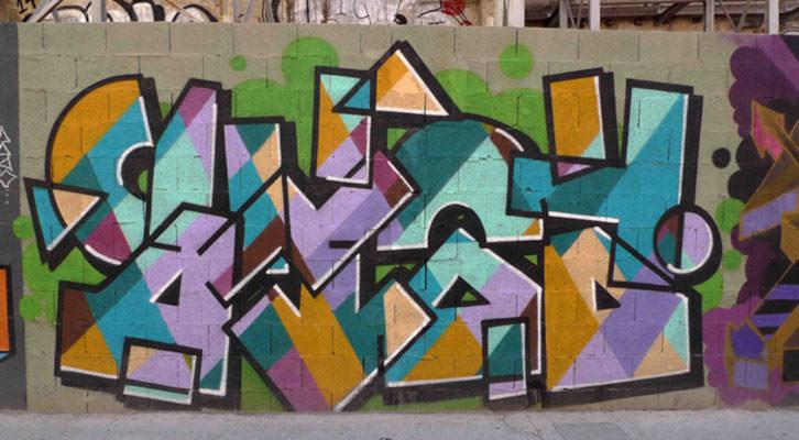 Obra de Eduardo Salvador en la Avenida del Oeste de Valencia. Imagen cortesía del autor.