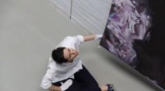 Lliure Briz durante el montaje en la Sala MAG. Cortesía Mustang Art Gallery.