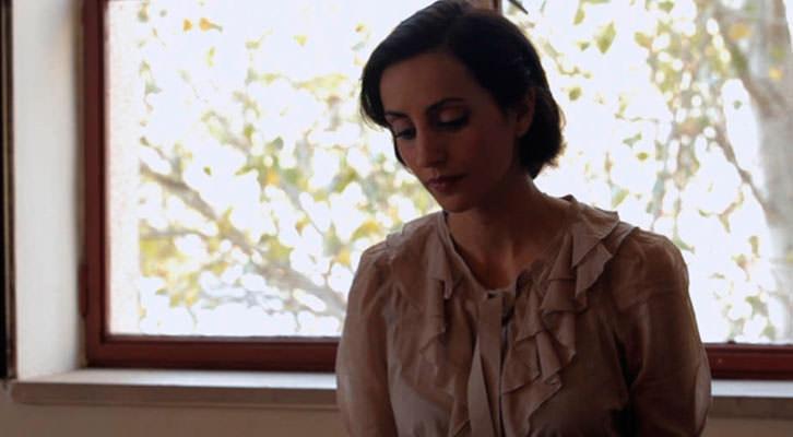 Fotograma de 'Las maestras de la República', de Pilar Pérez Solano. Jardines del Palau de la Música. Filmoteca d'Estiu de CulturArts IVAC.