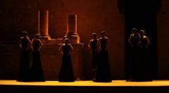 Una escena de 'Antígona', de Sófocles, en versión de José Manuel Murrada. Imagen cortesía de Sagunt a Escena.
