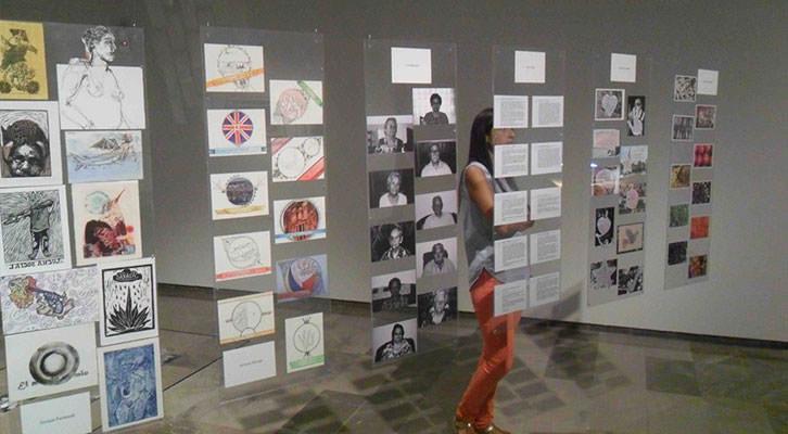 Instalación del Colectivo AVM en la exposición PAM! del Centro del Carmen.