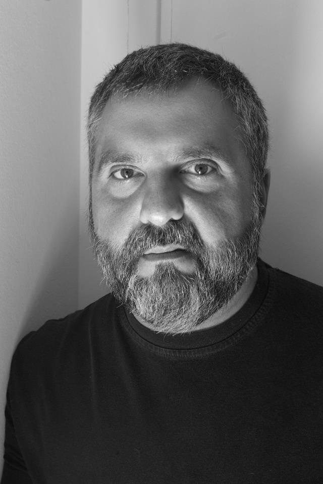 El dramaturgo Alejandro Tantanian. Imagen cortesía de CREADOR.ES