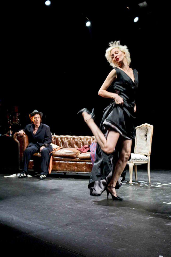 'El crimen de la hermana Bel', de Frank Marcus, dirigida por Rafael Calatayud. Imagen cortesía de Teatro Rialto.