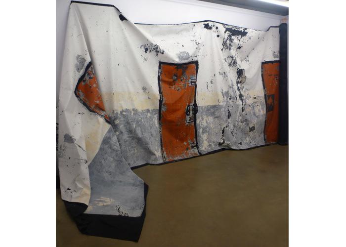 """""""Estampación por arranque"""" de un tramo de galería de la pretérita Cárcel Modelo de Valencia. Imagen cortesía de espaivisor."""