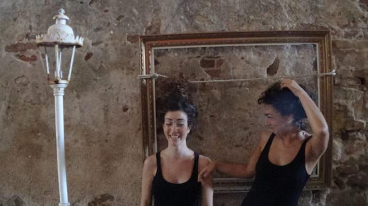 Inés Bermejo y Eva Díaz. Performance. Cortesía de MARTE.