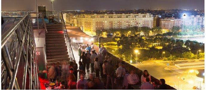 Azotea Expo Hotel Valencia. Imagen cortesía de la organización Live the Roof Valencia.