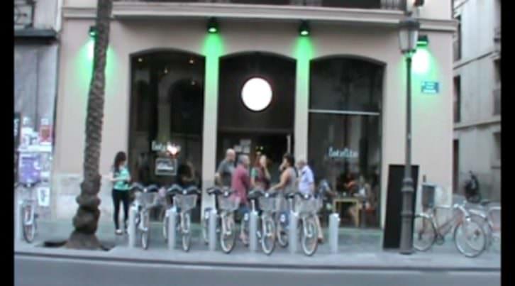 Imagen de Lotelito extraída del video de Néstor Navarro con motivo de la inauguración de la muestra de Iñaki Torres 'Tanteando lo desconocido'.