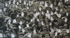 Detalle de una de las fotografías incluida en la exposición 'Mestres de ciutadania' en La Nau de la Universitat de València.