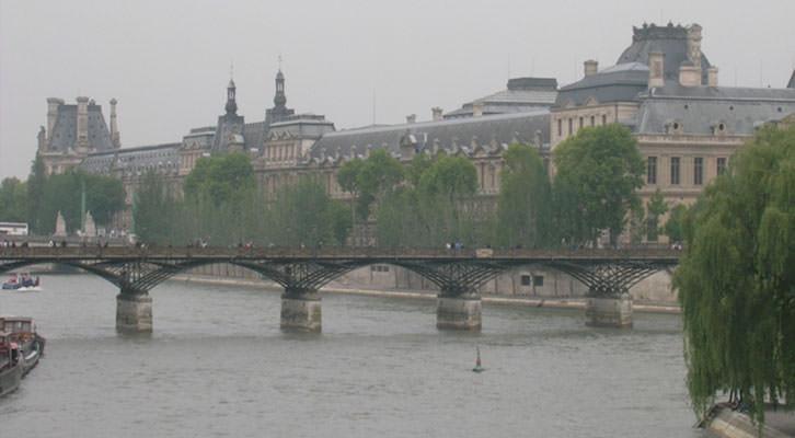 Vista panorámica de París, ciudad cuyo rastro literario sigue Miguel Herráez en su libro 'Diario de París', de la editorial Trea.