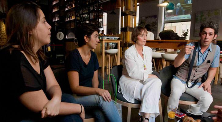 De izquierda a derecha, Marta Pina, Eva Mengual, Merche Medina y José Alarcón, en un momento de los Desayunos Makma de Lotelito. Fotografía: Fernando Ruiz.