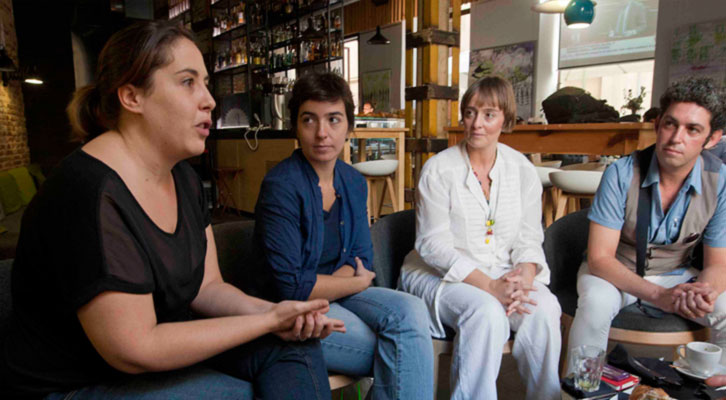 De izquierda a derecha, Marta Pina, Eva Mengual, Merche Medina y José Ramón Alarcón, durante los Desayunos Makma de Lotelito. Foto: Fernando Ruiz.