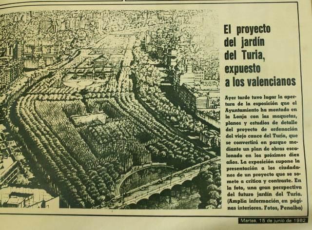 """Prensa, 15 de junio de 1982. Oposición ciudadana a la autopista del cauce, bajo el lema """"El llit del Túria és nostre i el volem verd""""."""