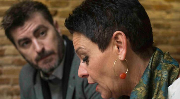 Álex Vila y Esther Castellano, en los Desayunos Makma de Lotelito. Foto: Fernando Ruiz.